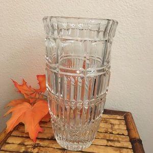Large Beautiful Leaded Crystal Vase!!!